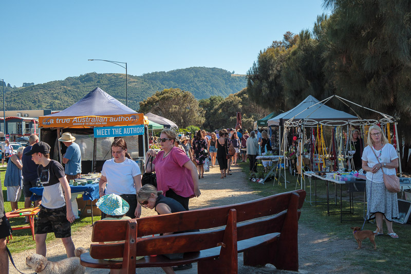 Australia-Cape Otway-Apollo Bay-Lorne - In Apollo bay now, and it was not too busy yet pre lunch time. Here is a little local market.