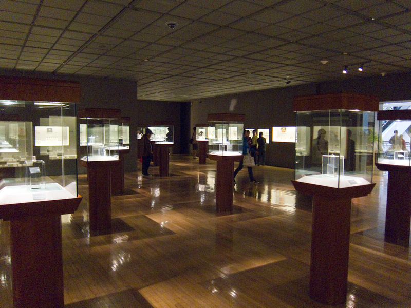 China-Shanghai-Xintandi-Museum - This was called 'The great hall of Chinese seals'. I expected fur and blubber but was dissapointed to find some wax stamps.