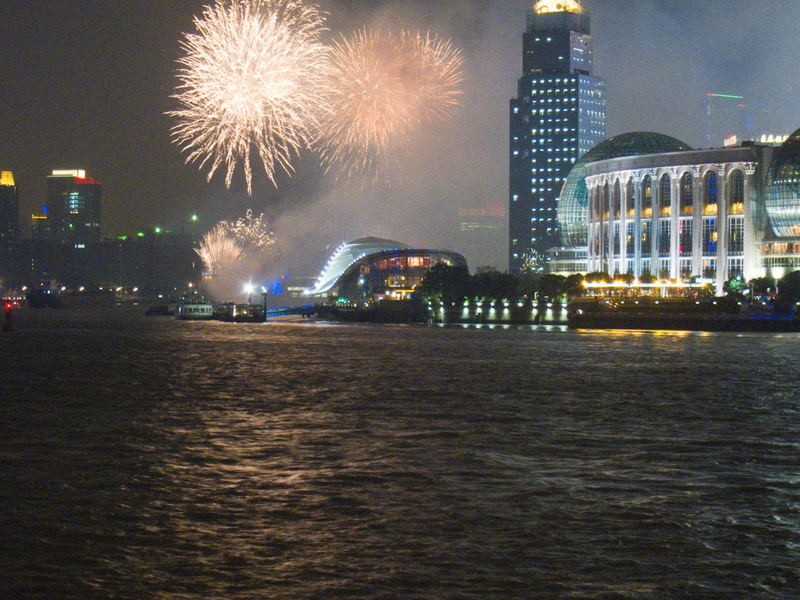 China-Shanghai-Pudong-Fireworks - As I was approaching the waterfront, a fireworks display broke out, I think they have them every night. It was nothing special, similar to those 5 min