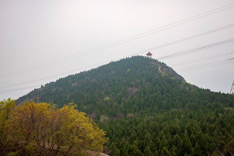 China-Beijing-Mangshan-Hiking-Bus - Hiking info is hard to come by, but wherever I see hills I see little huts on the top like this. It seems hard to get to most of them. That one is out