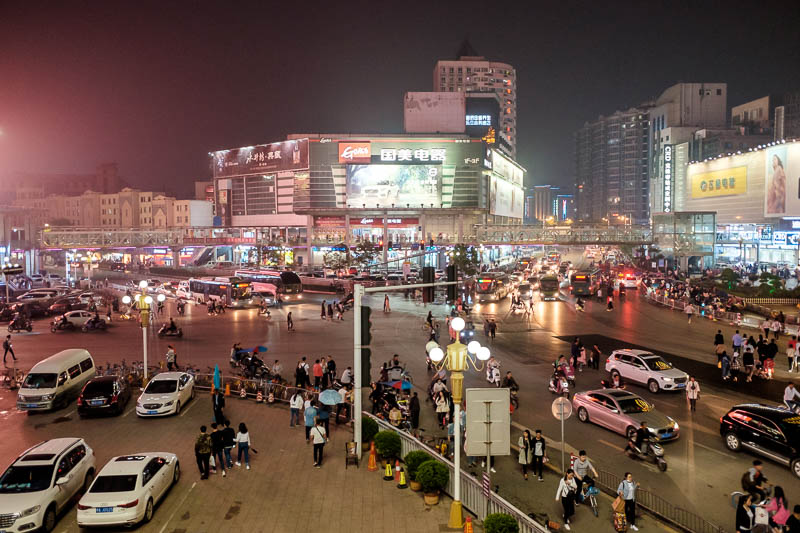 China-Zhengzhou-Food-Erqi Square - A bit more view of the chaotic street scenes. I stood here for a while just watching.