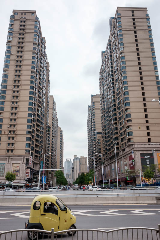 China-Zhengzhou-Park-Mall-Walk - This is a new apartment complex, there are probably 10 or so 'streets' of identical buildings. The bottom of every one of these streets is 3 levels of