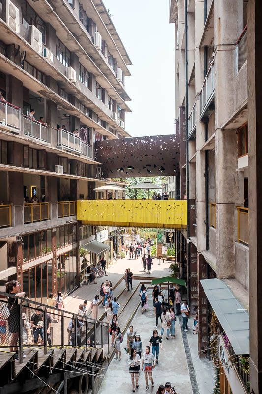 China-Chongqing-View-Erling Park-Testbed 2 - This is Testbed2. Built on the site of a crumbling money printing factory, they have deliberately left it crumbling and installed a lot of cafes and a