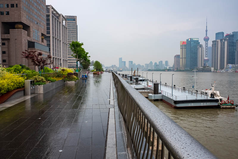 China-Shanghai-Bund-Curry - A small amount of barely noticeable rain meant I had the place to myself. I took my pants off and screamed nonsense at the top of my lungs to celebrat