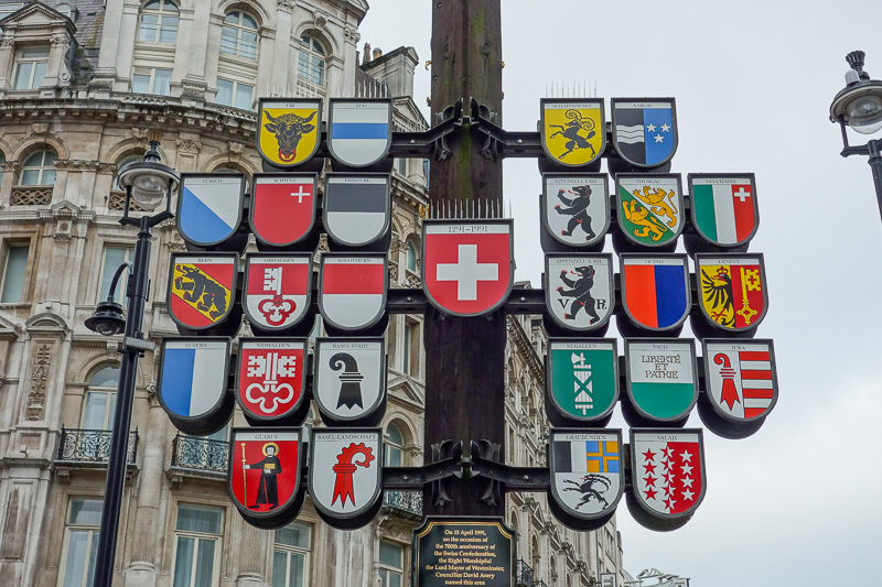 England-London-Buckingham Palace - Then I discovered that Switzerland owns this part of London as of some time in the 1990's. These are the crests representing each region of Switzerlan