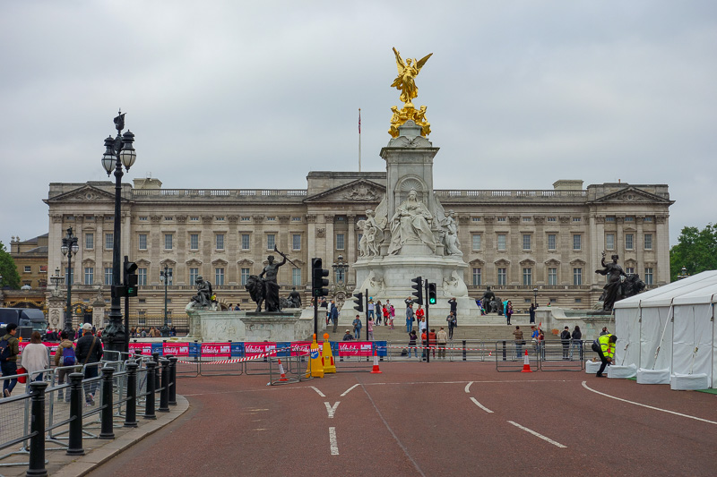 England-London-Buckingham Palace - I ran to the palace, hoping to see the Queen and Charles do some kind of Royal relay.