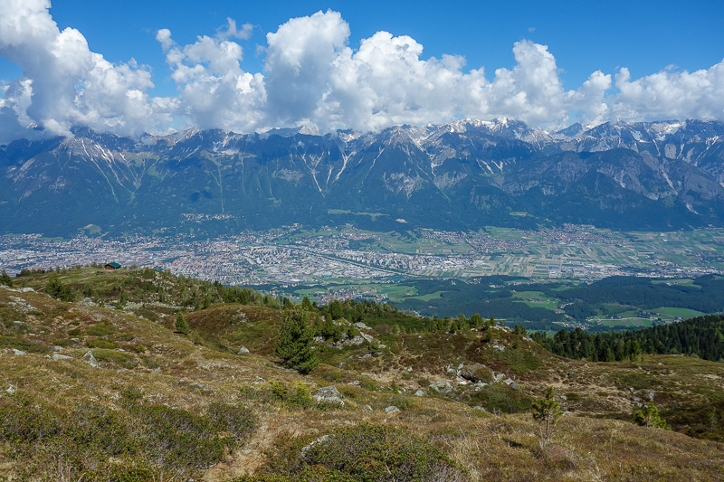 Austria-Innsbruck-Hiking-Patscherkofel - Above the trees, time to enjoy some more view.