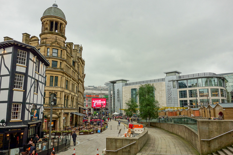 England-Manchester-Mall-China Town-Pho - A real city