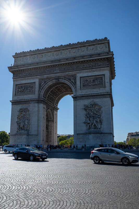 France-Paris-Arc de Triomphe - The Arc, the Frenc cant pronounce the h on the end of words.