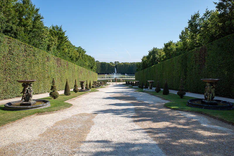 France-Versailles-Palace-Garden - There was basically no one around over this side.