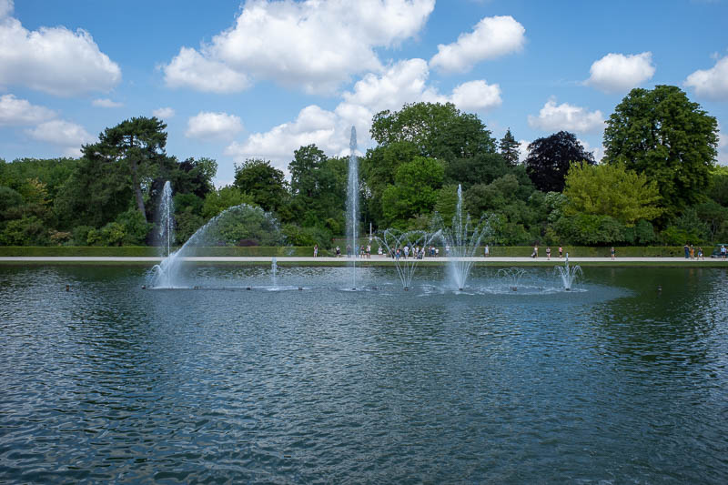 France-Versailles-Palace-Garden - Another fountain, fountaining.