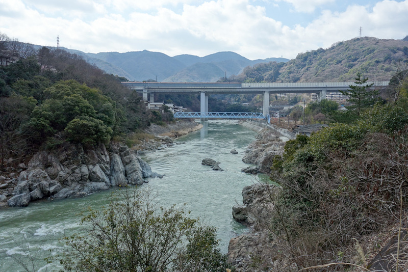 Japan-Osaka-Namaze-Hiking-Tunnel - The view back down stream is impressive. Would make for a good white water rafting course.