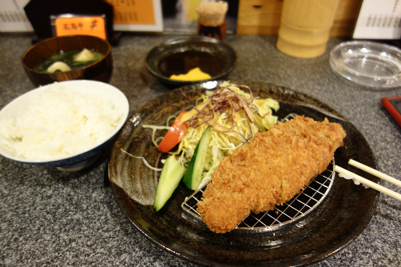 Japan-Osaka-Shinsekai - After looking for food for quite a while I relented and went for deep fried. This cost like $15, what a rip off! Deep fried Tonkatsu Pork. I guess the