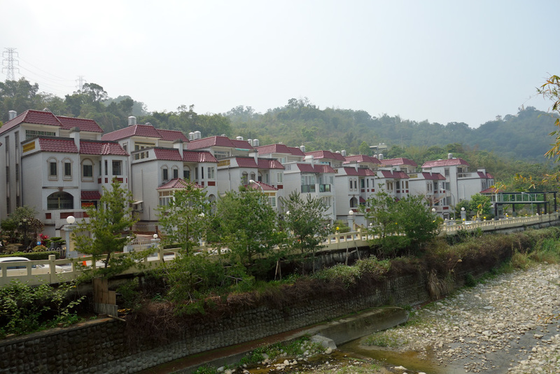 Taiwan-Taichung-Hiking-Dakeng - I went past some very rural Chinese looking housing estates such as this. Gated compounds with guards. A long way from any kind of shop.