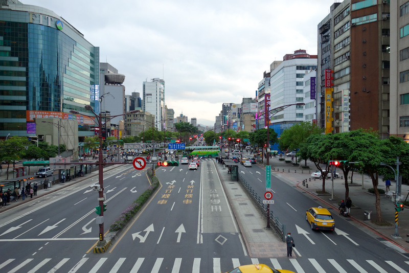 Taiwan-Taipei-Ximending-Shopping Street - This photo taken to show the total lack of any discernable smog.