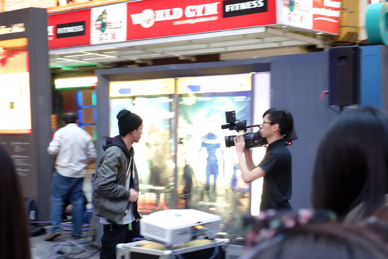 Taiwan-Taipei-Ximending-Shopping Street - This rapper is being filmed and may even be live to air as theres a truck nearby with a satellite dish. Now theres a few things to note, many wannabe