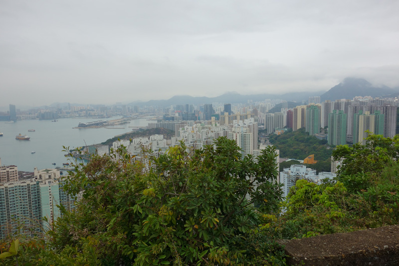 Hong Kong-Hiking-Tin Ha Shan - A lot less fog