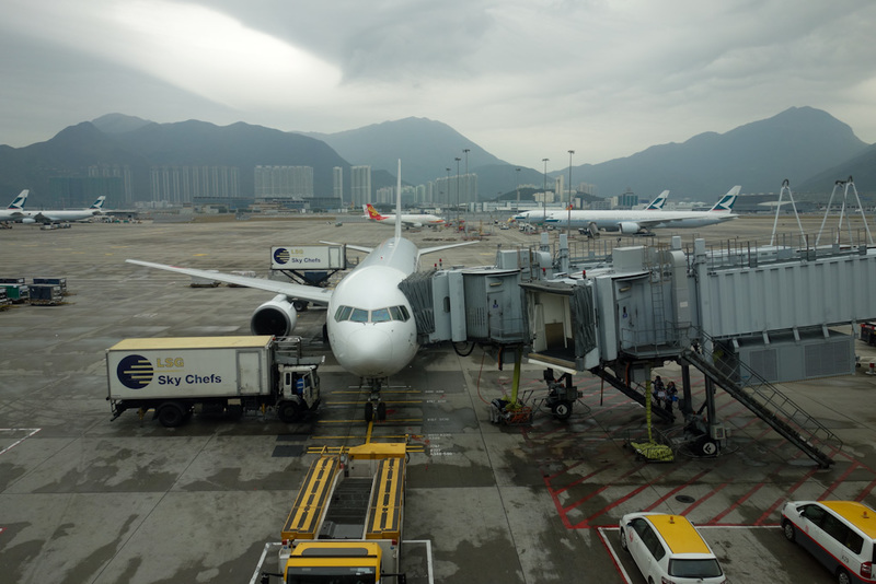 Hong Kong-Japan-Airport-Train-Kyoto - Those mountains sure do look enticing. I stood at the window looking at them. The best airport in the world in front of accessible mountains. I briefl