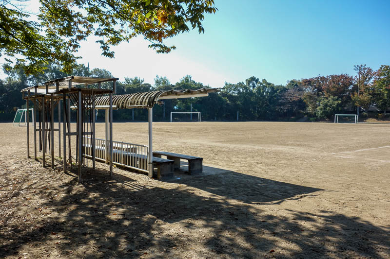 Japan-Tokyo-Mall-Koshigaya-Aeon Lake - The local park, possibly for inter company football games, is a vast sea of dirt.