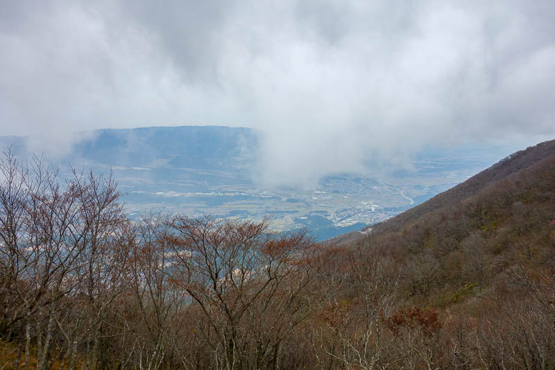 Japan-Nagoya-Hiking-Fujiwaragatake - Time to head into the cloud. It was actually cold when I stopped long enough to realise.