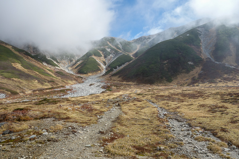 Japan-Tateyama-Kurobe-Alpine-Hiking - I was enjoying the view!