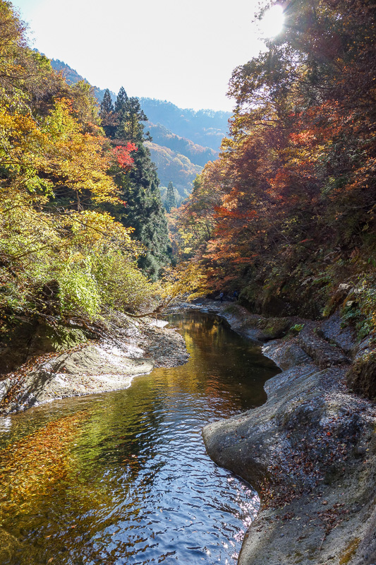 Japan-Sendai-Omoshiroyama-Hiking-Yamadera - Last one from in the ravine.