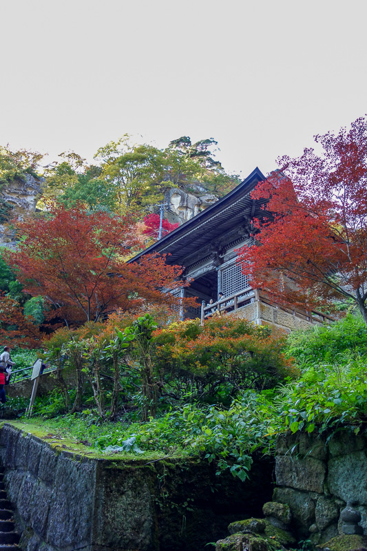 Japan-Sendai-Omoshiroyama-Hiking-Yamadera - One of the temples.