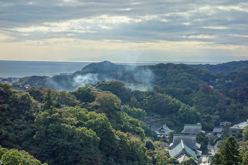 Japan-Kamakura-Hiking-Kenchoji - Now we can appreciate the view, this one is a finalist for photo of the day, but not the winner!