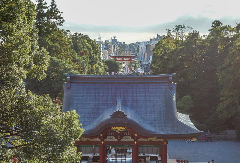 Japan-Kamakura-Hiking-Kenchoji - Photo of the day! Looking over the tops of the temple buildings and down the main street in the silvery glare of the day.