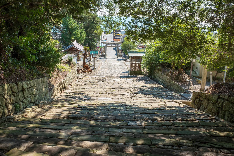 Japan-Shizuoka-Shrine-Kunozan Toshogu-Hiking - Here is the bottom of the path that leads down the hill from the temple. People write about the thousand step journey as the greatest achievement of t