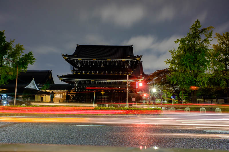 Japan-Kyoto-Gion-Rain-Food-Curry - Here we have a long exposure of the temple on the main road between the station and the shopping area. You can take the subway 2 stops if you are lazy