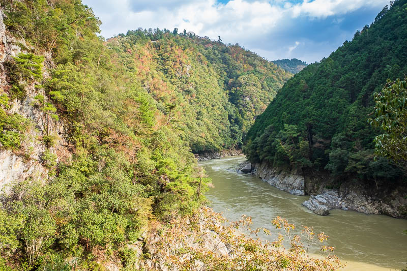 Japan-Kyoto-Hiking-Mount Atago-Arashiyama - And now surprisingly, to get back to Arashiyama I had to leave the river. You can continue along the river to another station, and its actually shorte