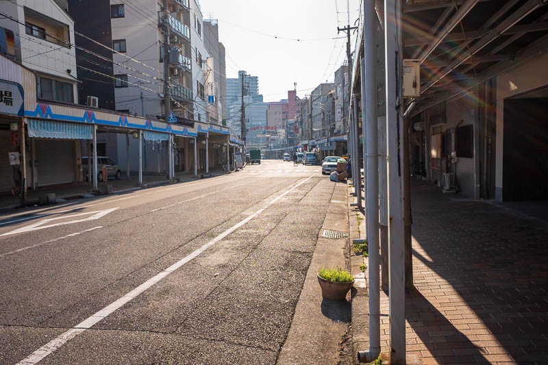 Japan-Kobe-Gifu-China Town-Shinkansen - My early morning wander around Kobe first came to this dilapidated semi abandoned area. I was looking for Motomachi and thought this was it, it was no