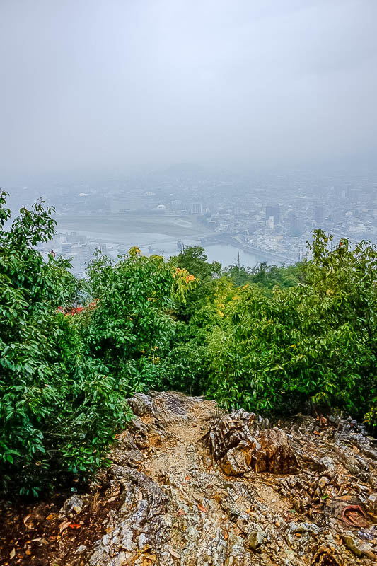 Japan-Gifu-Rain-Fog-Castle-Garden - Time to make my descent down the meditation path. I meditated on not slipping the hell over.