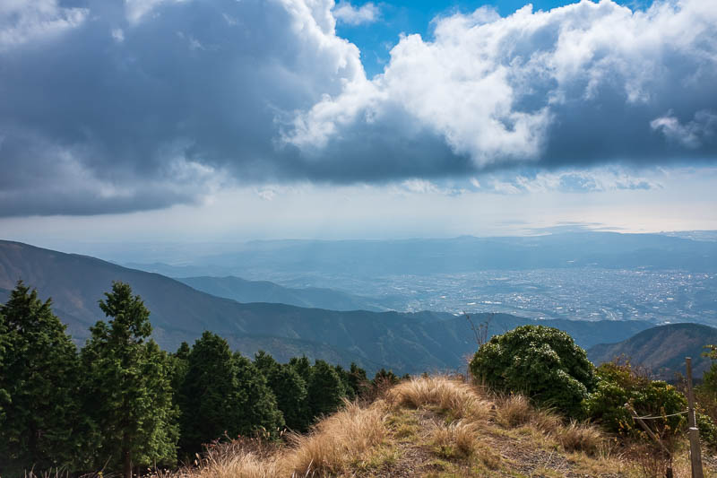 Japan-Hiking-Mount Tanzawa-Shibusawa - Thats the ocean. The clouds looked great.