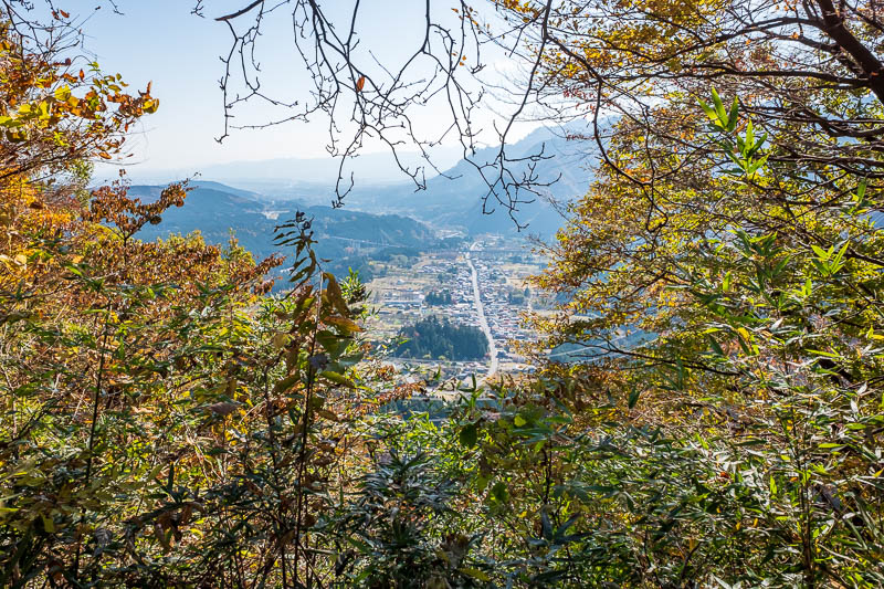 Japan-Nakasendo-Hiking-Karuizawa-Autumn Colors - That is the famous old town of Sakamoto, where people would stay before going over the Usui pass. I know its famous because I read that it was. Becaus
