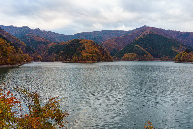 Japan-Okutama-Lake-Hiking - Final culling candidate. They cant be culled now, once they are uploaded its done.
