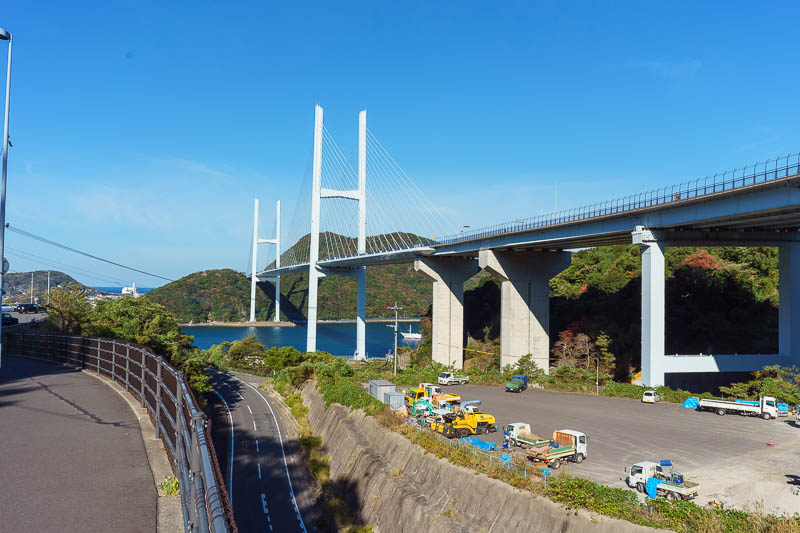 Japan-Nagasaki-Bridge-Tunnel - A lot of cruise ship bus tour groups were taking photos here. So I did also. Of course I waited for my chance when there were no other people. There w