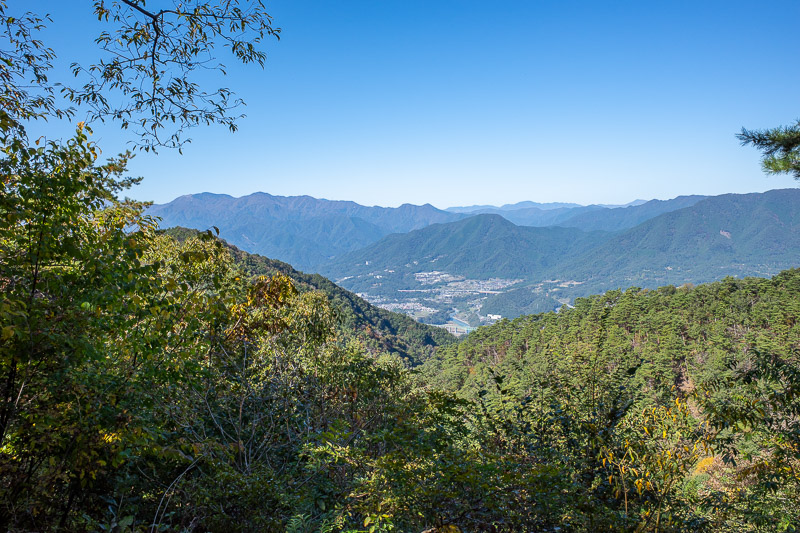 Japan-Tokyo-Hiking-Mount Kuratake - The view across the Chuo valley, assuming thats what it is called, has no Fuji but is also impressive. I have climbed quite a few of those mountains.