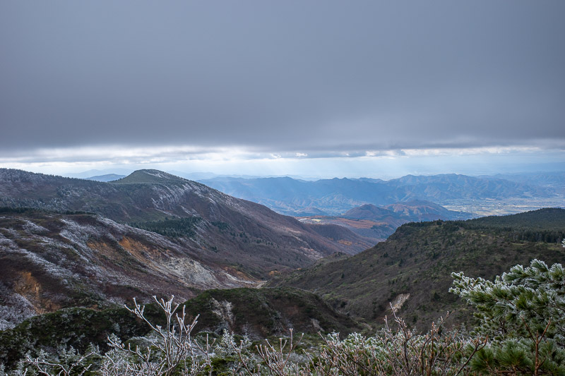 Japan-Yamagata-Hiking-Mount Zao - The cloud was higher than before on the way down, which afforded me a great view.