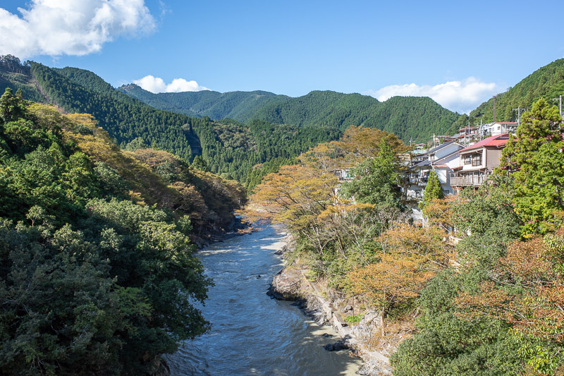 Japan-Tokyo-Hiking-Iwatakeishiyama - I have taken a photo from this exact spot before. Last time it was later in the month and a lot more colorful. It is still quite the site to behold ev