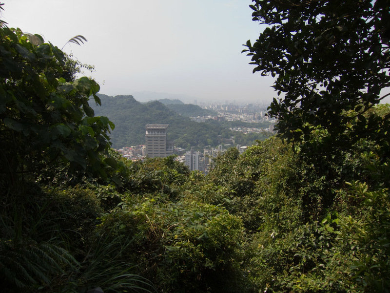 Taiwan-Taipei-Hiking-Elephant Mountain - The far side of the view. I could keep walking across the top or head down on a different track. I heard a lot of fire crackers, drums, yelling etc. j