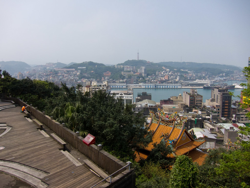 Taiwan-Keelung-Buddha-Shopping Street - I like a view, so get over it.