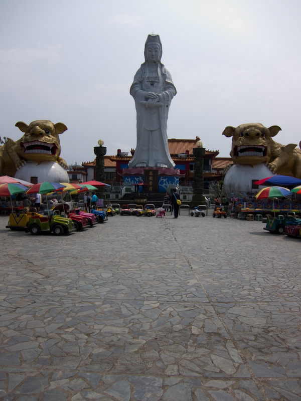 Taiwan-Keelung-Buddha-Shopping Street - But also a really giant buddha guarded by 2 lions.