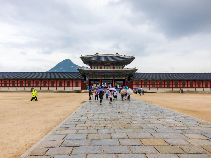 Korea-Seoul-Gyeonbok-Palace-Pho - The palace, there will me numerous palace pics, get your scroll wheel / pinch to scroll feature on your whatever pad at the ready!