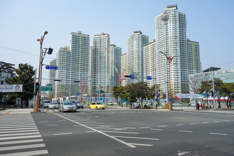 Korea-Daegu-Hiking-Apsan - A new neighbourhood of identical Samsung buildings. Samsung is a construction company too. They are also a car company, although Samsung cars is major