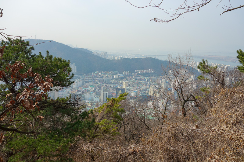 Korea-Busan-Hiking-Gudeoksan - Now we start with photos of the view. Due to the pollution today, the lower down shots will have better detail. This one is quite low.