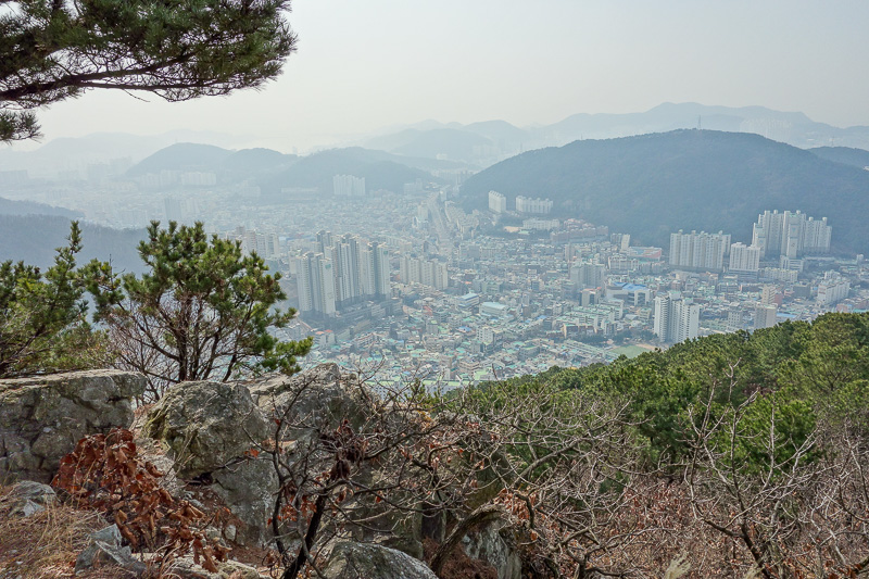 Korea-Busan-Hiking-Gudeoksan - A little further up the hill.