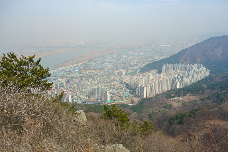 Korea-Busan-Hiking-Gudeoksan - And the other west. The airport is out there somewhere. I could see planes descending, but they vanished into not so thin air before I could see them
