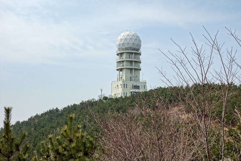 Korea-Busan-Hiking-Gudeoksan - Cool weather radar, today its measuring a pm05 level of probably somewhere around 200. Greater than 100 is end of the world. Most of the world average